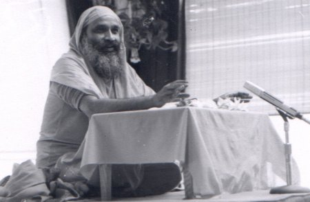 Swamiji_b_w